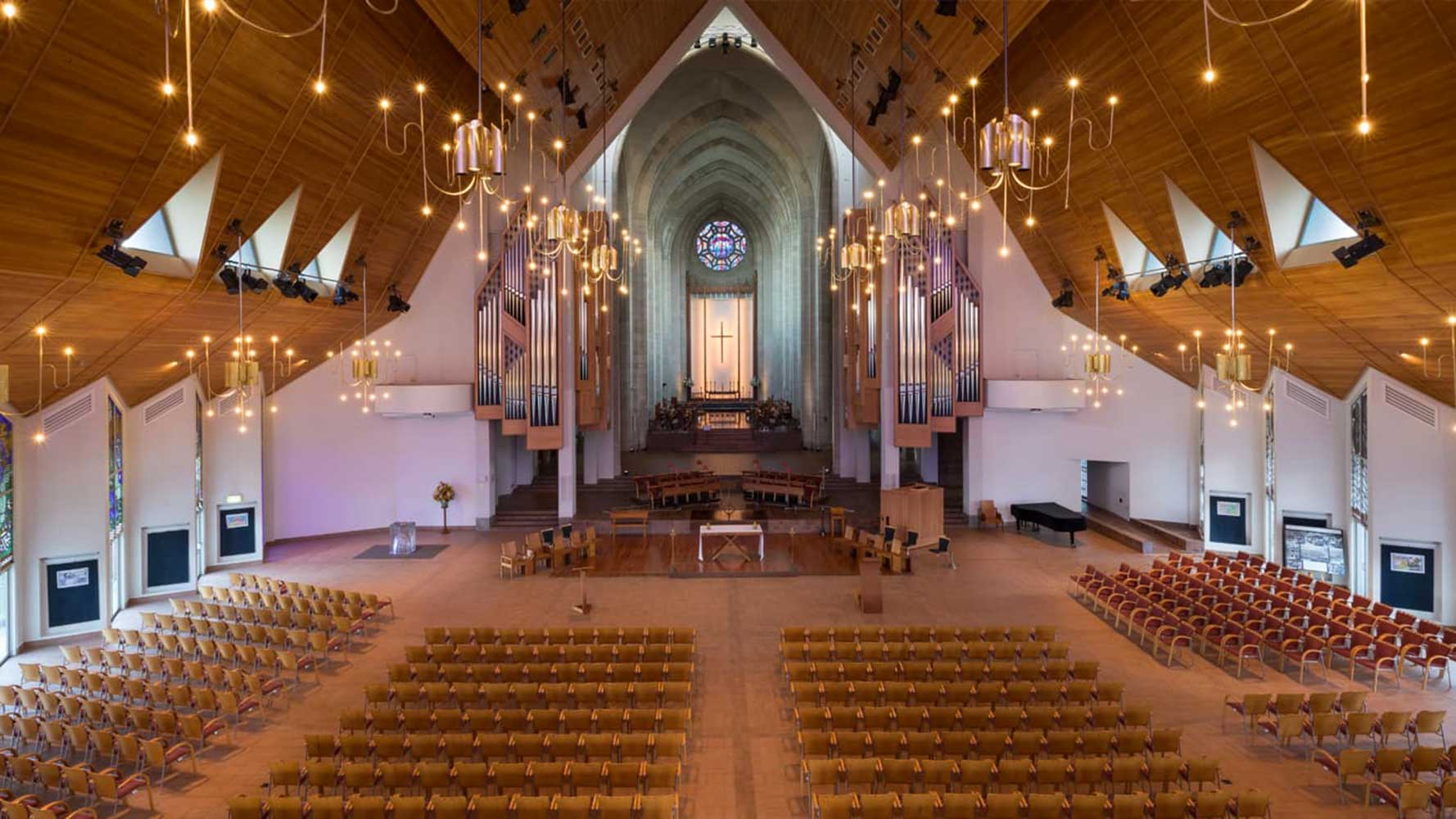Progetto illuminazione Cattedrale Holy Trinity